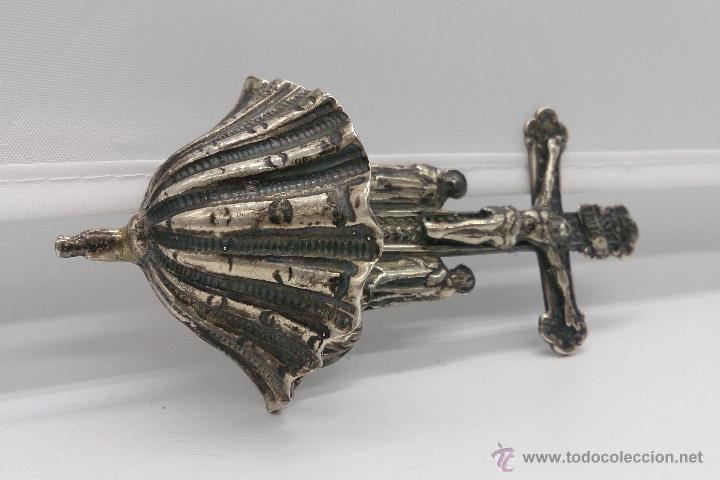 Antigüedades: Benditera antigua en plata de ley contrastada y bellamente repujada . - Foto 10 - 53577399