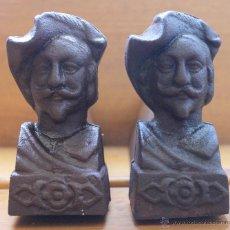 Antigüedades: PAREJA ANTIGUOS MORILLOS MORILLO CABALLETES SOPORTES FRANCESES DE HIERRO PARA CHIMENEA – SIGLO XVIII. Lote 53584818