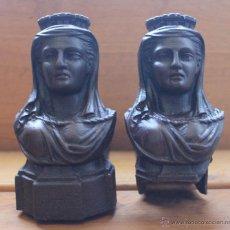 Antigüedades: PAREJA ANTIGUOS MORILLOS MORILLO CABALLETES SOPORTES FRANCESES DE HIERRO PARA CHIMENEA – SIGLO XVIII. Lote 53584881