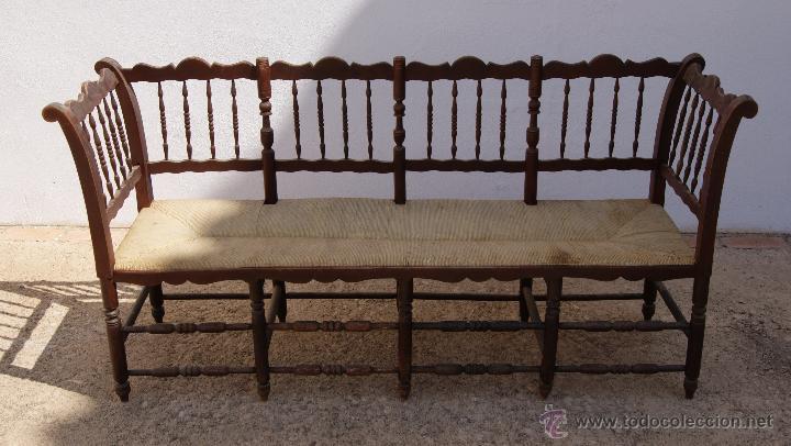 Antiguo banco de madera con asiento de enea o c comprar for Sofas antiguos