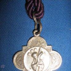 Antigüedades: SEMANA SANTA SEVILLA - ANTIGUA MEDALLA CON CORDON DE LA HDAD DEL GRAN PODER. Lote 53598326