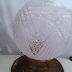 Antigüedades: LAMPARA PLAFON DE TECHO ANTIGUA CRISTAL RELIEVE. Lote 53604482