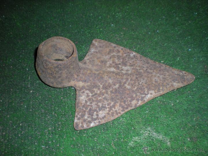 AZADA TRIANGULAR ROMPE RAICES 30X15CM (Antigüedades - Técnicas - Rústicas - Agricultura)