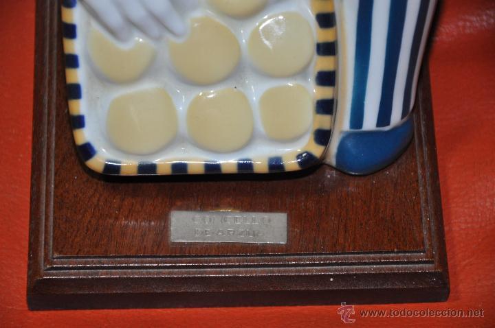 Antigüedades: FIGURA DE SARGADELOS QUEIXEIRA O VENDEDORA DE QUESOS CONCELLO DE ARZUA - Foto 2 - 53631584