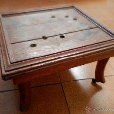 Antigüedades: ALZA CON RUEDAS MADERA DE ROBLE 47X42X28CMALT. Lote 56391262