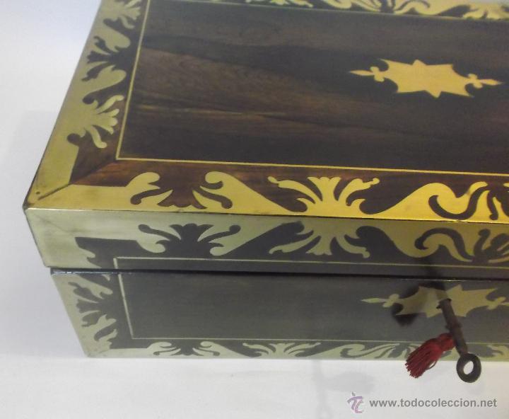 Antigüedades: Escritorio inglés S.XIX de Palorosa y latón - Foto 7 - 53690832