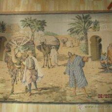 Antigüedades: PRECIOSO GRAN TAPIZ CON ESCENA ÁRABE - 175 CM X 125 CM. Lote 53707724