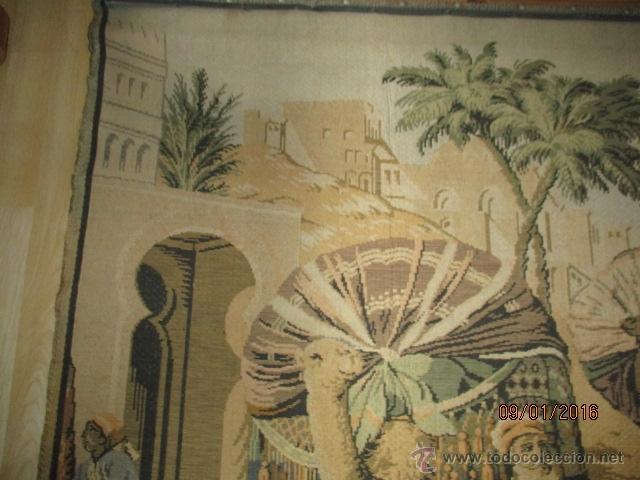 Antigüedades: PRECIOSO GRAN TAPIZ CON ESCENA ÁRABE - 175 cm x 125 cm - Foto 2 - 53707724