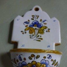 Antigüedades: PIQUETA, BENDITERA, CERAMICA DE TALAVERA.. Lote 53709011