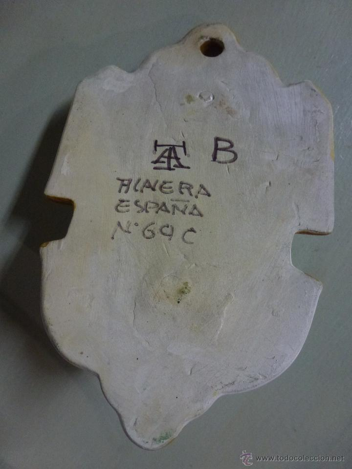 Antigüedades: Piqueta, benditera, ceramica de Talavera. - Foto 3 - 53709011