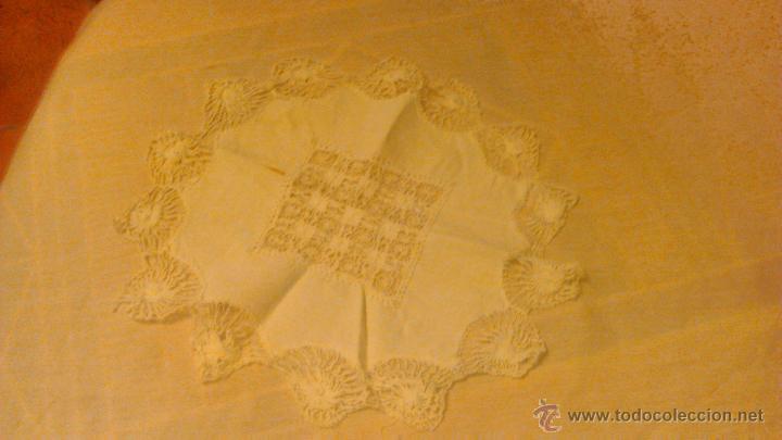 Antigüedades: Antiguo tapete de algodón y bolillos. - Foto 2 - 53709888