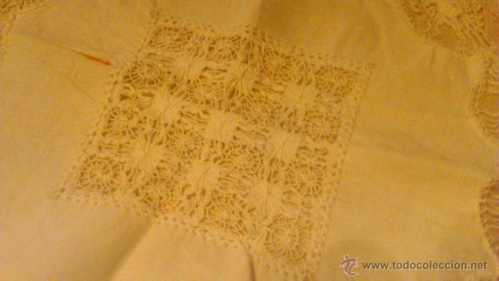 Antigüedades: Antiguo tapete de algodón y bolillos. - Foto 3 - 53709888