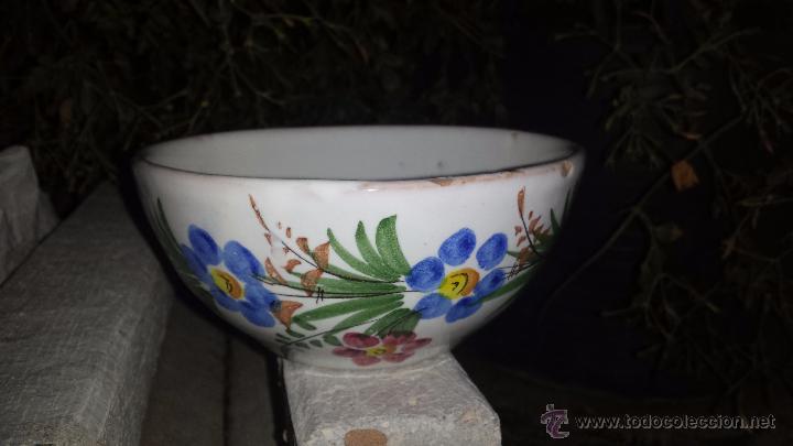 PRECIOSO TAZON PINTADO A MANO, FIRMADO LARIO (Antigüedades - Porcelanas y Cerámicas - Lario)