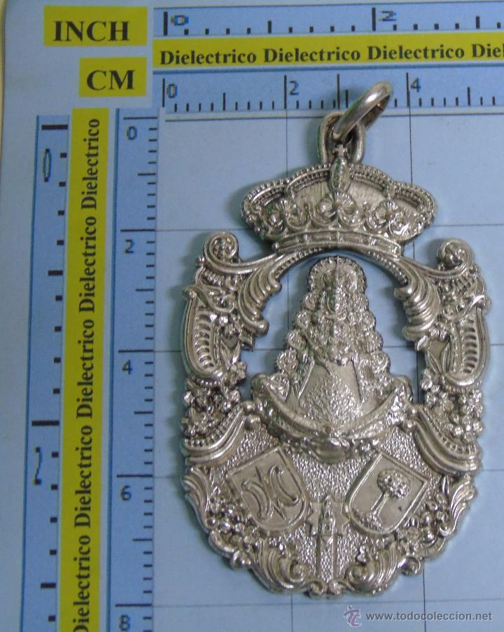 MEDALLA MEDALLÓN RELIGIOSO. HERMANDAD DEL ROCIO DE CHUCENA. HUELVA (Antigüedades - Religiosas - Medallas Antiguas)