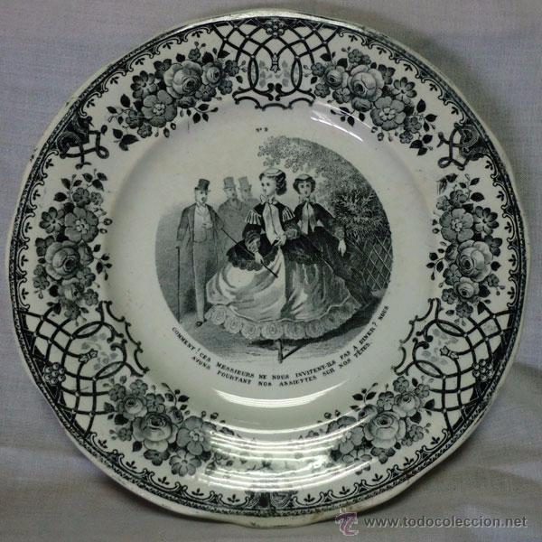 PLATO DE PORCELANA FRANCES DECORADO CON PERSONAJES FIRMADO GREIS ET MONTEREAU (Antigüedades - Porcelana y Cerámica - Francesa - Limoges)