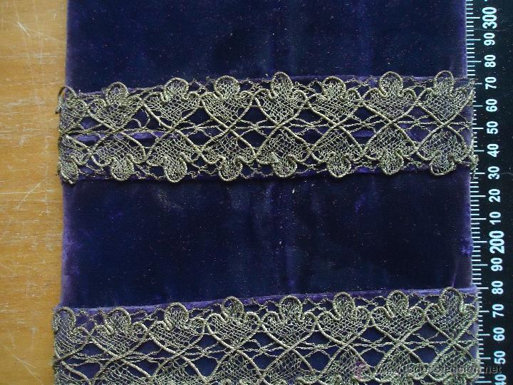 Antigüedades: ESPECTACULAR ANTIGUO MUESTRARIO ENCAJE ORO METALICO HOJILLA AÑOS 30 PARA CONFECCIONES VIRGEN - Foto 9 - 53720649