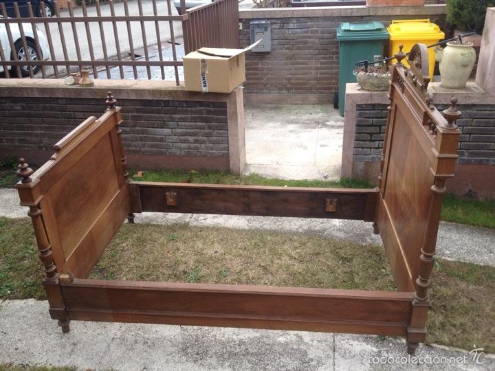 Cama de madera del siglo xix comprar camas antiguas en - Camas de madera antiguas ...