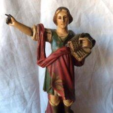 Antigüedades: FIGURA DE SAN PANCRACIO ANTIGUO EN ESTUCO POLICROMADO Y MANOS DE PLOMO. Lote 84564990