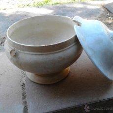 Antigüedades: SOPERA DE CERAMICA DE LA CARTUJA SEVILLANA. Lote 53772414