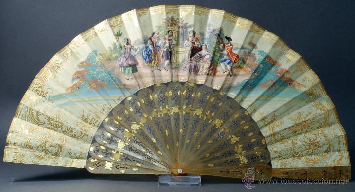 Antigüedades: Abanico varillas asta decorada dorados país papel pintado escenas galantes S XIX - Foto 5 - 53786429