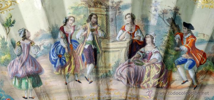 Antigüedades: Abanico varillas asta decorada dorados país papel pintado escenas galantes S XIX - Foto 8 - 53786429