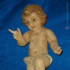 Antigüedades: GRAN NIÑO JESUS OLOTINO, ESCUELA DE OLOT , OJOS DE CRISTAL 26 / 27 CM APROXIMADOS. Lote 53802529