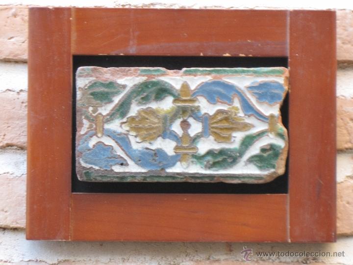 AZULEJO ANTIGUO DE TOLEDO - SIGLO XVI - MUDEJAR / RENACENTISTA - ARISTA O CUENCA - (Antigüedades - Porcelanas y Cerámicas - Azulejos)