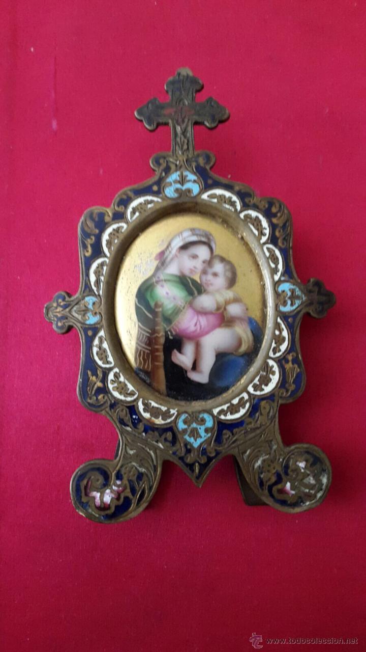 ANTIGUO MARCO RELIGIOSO EN BRONCE CLOISIONE Y ESMALTE VIRGEN DE LA SILLA. S. XIX. (Antigüedades - Religiosas - Ornamentos Antiguos)