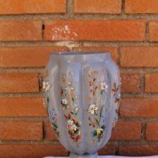 Antigüedades: JARRON DE OPALINA GRIS CON DIBUJOS Y APLICACIONES DE VIDRIO. Lote 53842261