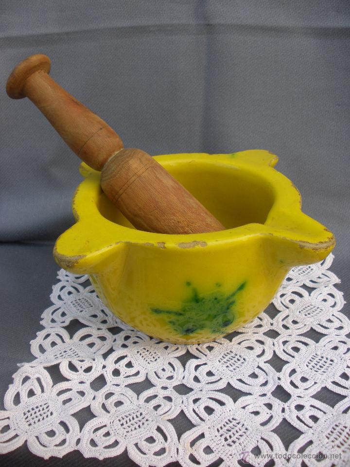 ANTIGUO MORTERO ALMIREZ CERAMICA VIDRIADA CON MAZA DE MADERA (Antigüedades - Porcelanas y Cerámicas - Otras)