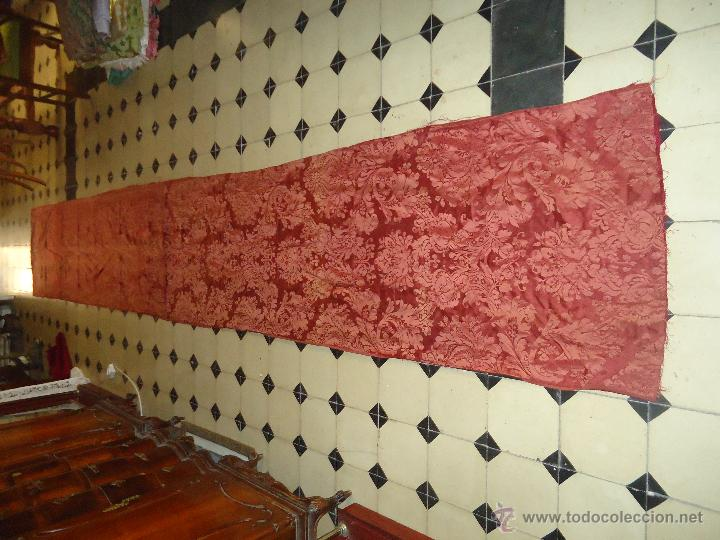 4,68 METROS X 72 CM GRAN PATA CORTINAS ANTIGUO DAMASCO CON FORRO ORIGINAL EPOCA IDEAL CAPILLA VIRGEN (Antigüedades - Hogar y Decoración - Cortinas Antiguas)