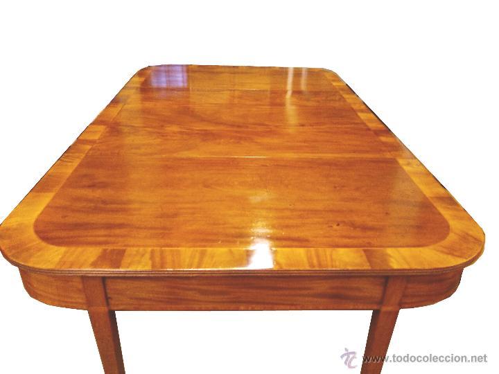 mesa de comedor caoba