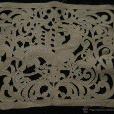 Antigüedades: ANTIGUO ENCAJE RICHELIEU SOBRE LINO PPIO.S.XX. Lote 53862874