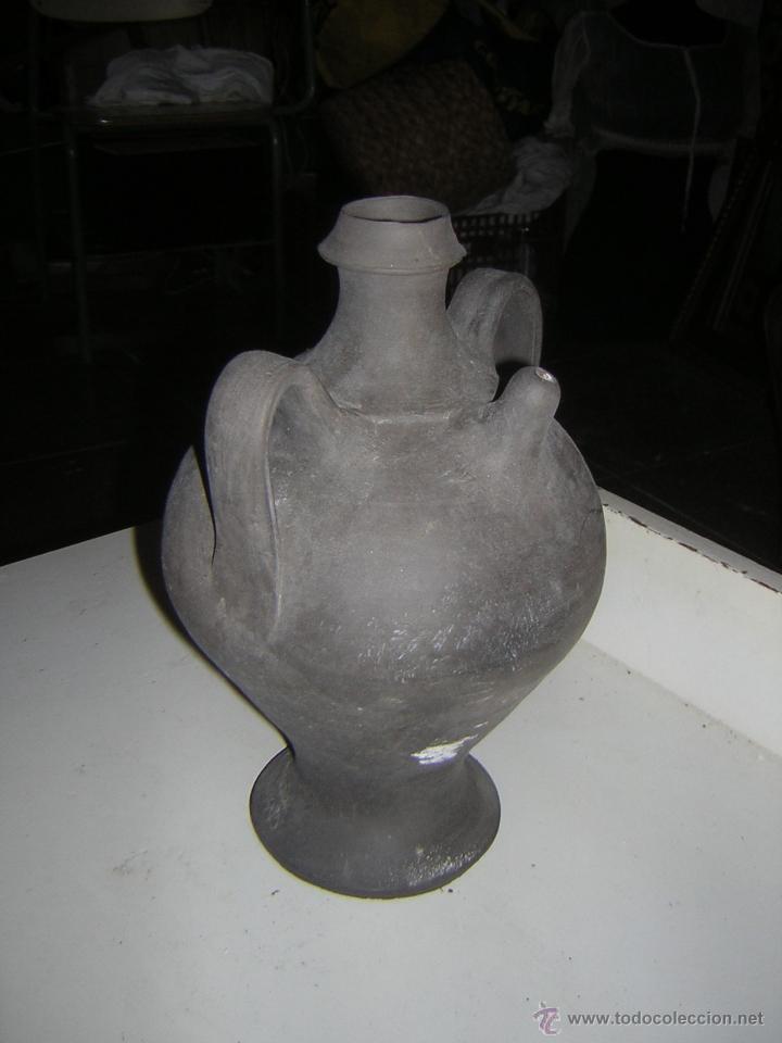 CURIOSO BOTIJO DE CONVERGÈNCIA I UNIÓ (Antigüedades - Porcelanas y Cerámicas - Otras)