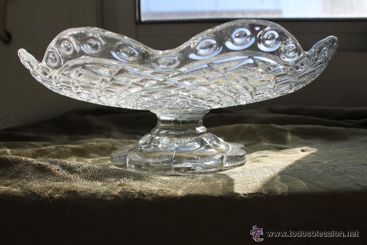 FRUTERO BAJO CRISTAL PRENSADO SANTA LUCIA CARTAGENA, BLANCO (Antigüedades - Cristal y Vidrio - Santa Lucía de Cartagena)