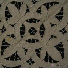 Antigüedades: ANTIGUO ENCAJE RICHELIEU SOBRE LINO PPIO.S.XX. Lote 53959895