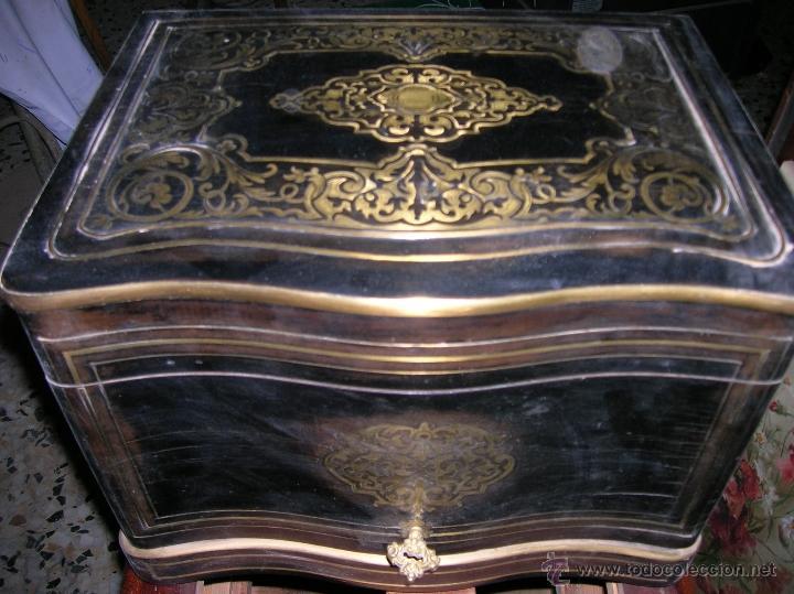 LICORERA NAPOLEÓN III (Antigüedades - Hogar y Decoración - Cajas Antiguas)