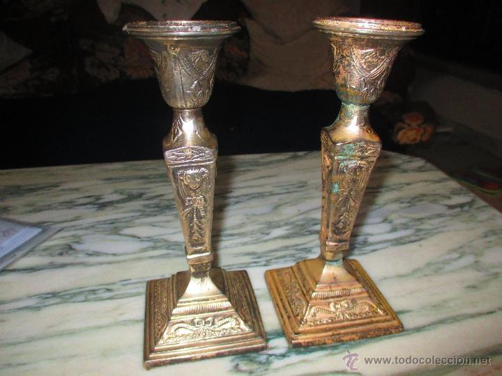 A NTIGUOS VELEROS DE IGLESIA METAL PLATEADO (Antigüedades - Religiosas - Orfebrería Antigua)