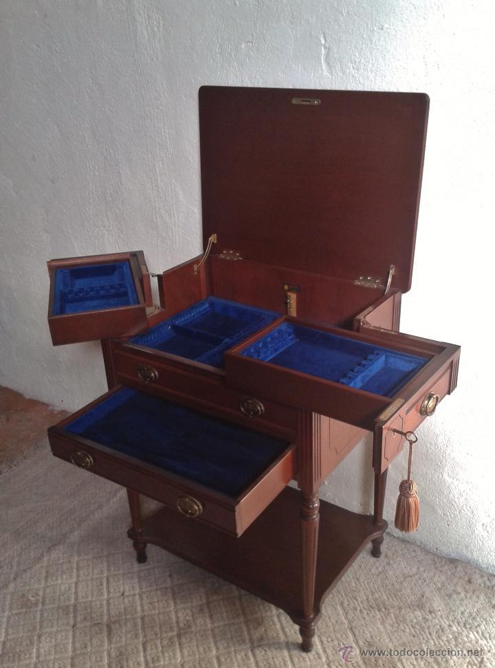 Antigüedades: Mueble auxiliar antiguo. Mueble joyero expositor antiguo. Cajonera secreter antigua estilo luis XVI - Foto 8 - 151485150