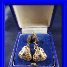 Antigüedades: .ANTIGUOS GEMELOS DE ORO Y DIAMANTE CENTRAL DISEÑO CALADO S. XIX. Lote 54014940