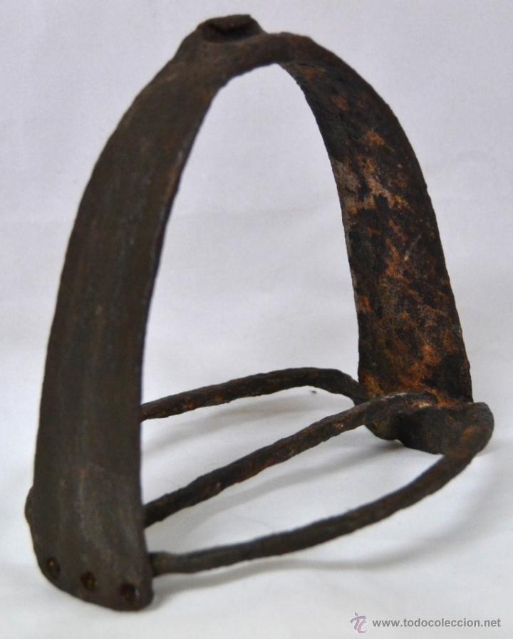 Antigüedades: Antiguo Estribo Español en Hierro Forjado * Forja * Alta epoca * Ideal coleccionistas * - Foto 2 - 54035714