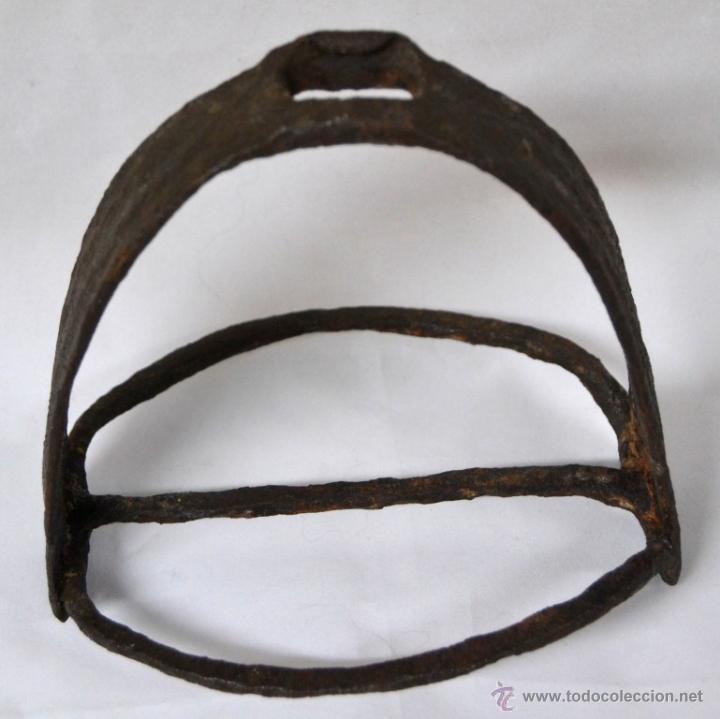Antigüedades: Antiguo Estribo Español en Hierro Forjado * Forja * Alta epoca * Ideal coleccionistas * - Foto 3 - 54035714