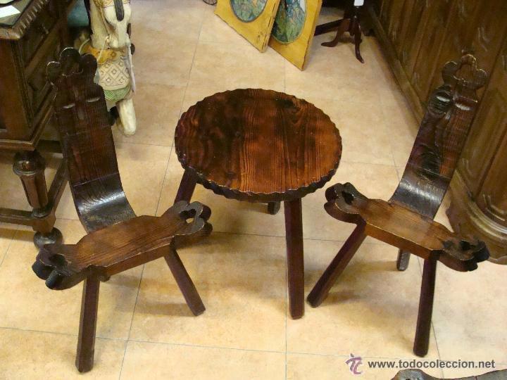 Antigua mesa auxiliar y dos sillas castellanas comprar - Mesas auxiliares antiguas ...