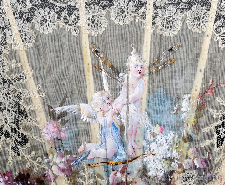 Antigüedades: Abanico varillas nácar país seda pintada escena Cupido y encaje S XIX firmado Lesieur caja - Foto 5 - 54055013