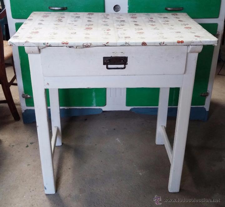Antigua mesa auxiliar de cocina - Verkauft durch Direktverkauf ...