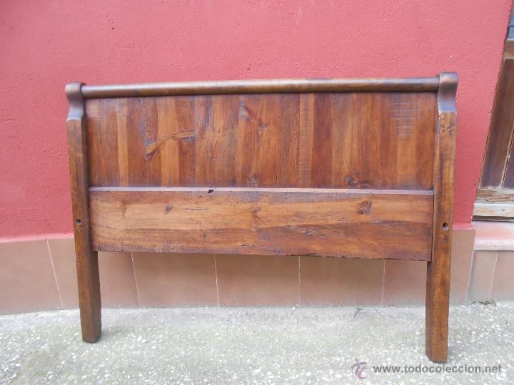 ANTIGUOS PIES DE CAMA PARA CABECERO. NOGAL. RESTAURADO. 120X90CM (Antigüedades - Muebles Antiguos - Camas Antiguas)
