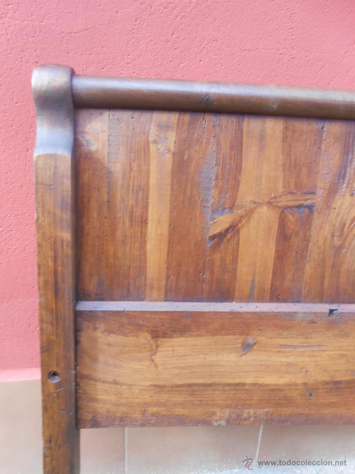 Antigüedades: ANTIGUOS PIES DE CAMA PARA CABECERO. NOGAL. RESTAURADO. 120X90CM - Foto 2 - 54062812