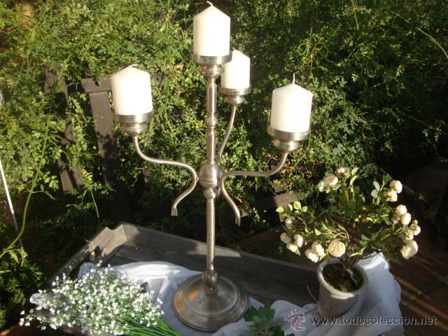 Antigüedades: Antiguo candelabro de metal - Foto 3 - 54064936