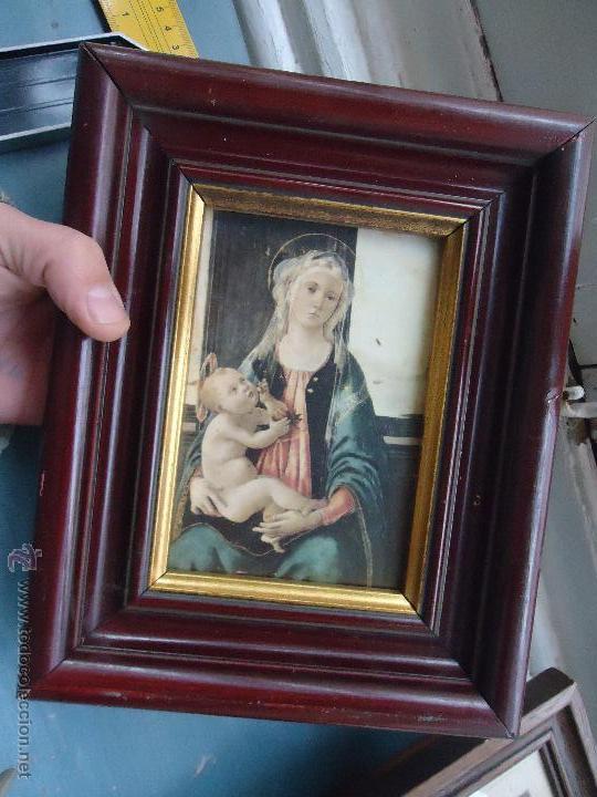 ANTIGUO PRECIOSO MARCO MADERA CON IMAGEN DE LA VIRGEN Y NIÑO JESUS - CON CRISTAL 25X20 CM (Antigüedades - Hogar y Decoración - Marcos Antiguos)