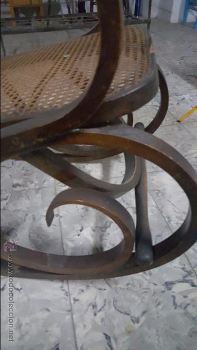 Antigüedades: ANTIGUA MECEDORA TIPO THONET - Foto 7 - 54088334